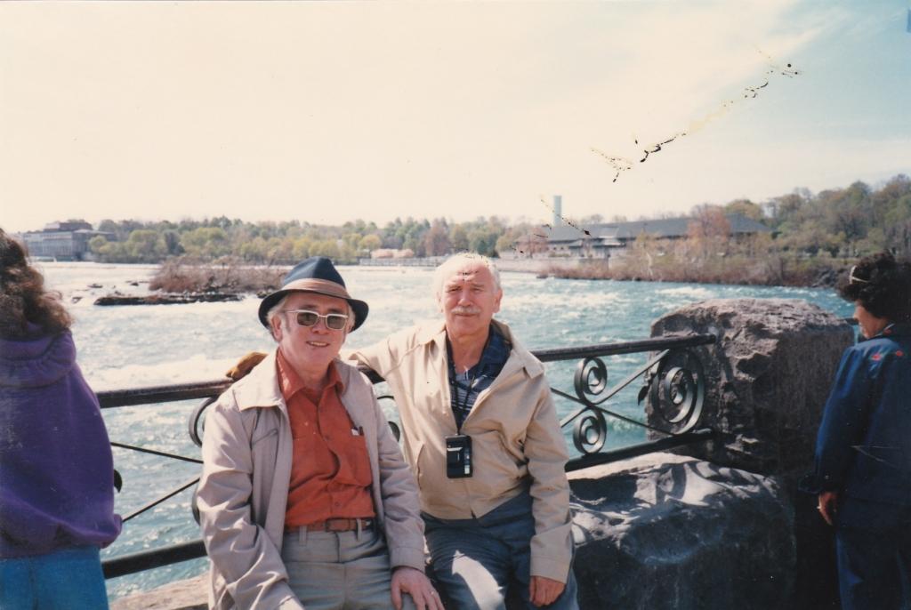 80. léta Koncem 80.let s L. Dorůžkou na Niagara Falls