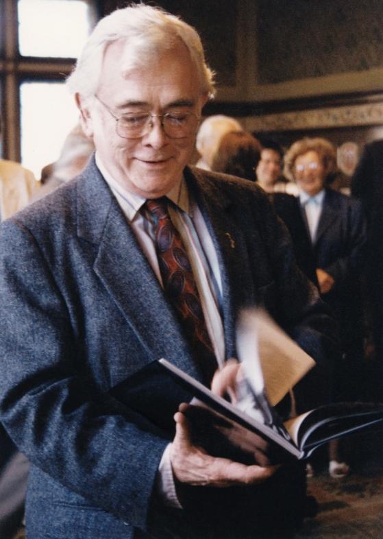 1994 24.9.  Přijetí na radnici a předání knihy  Náchod to krásné město Kostelec