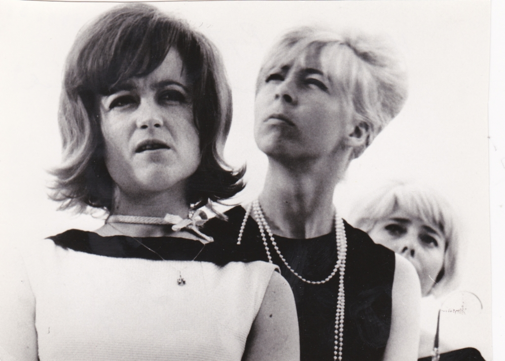 1965 O slavnosti a hostech s Helenkou Pejškovou
