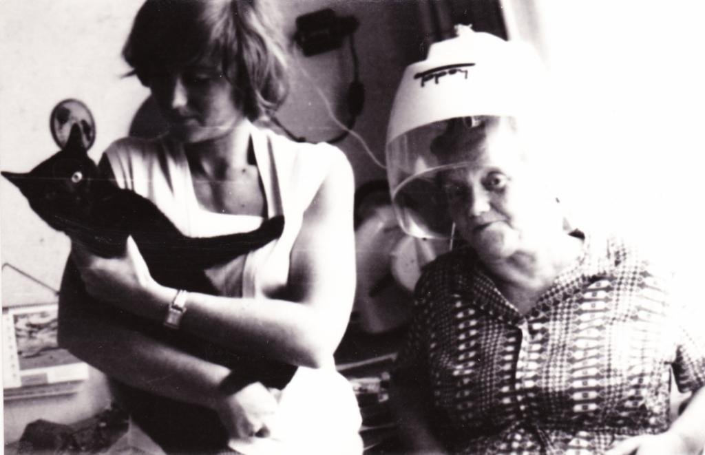 60. léta Zdena s maminkou