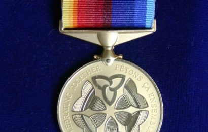 Medaile, členství v organizacích